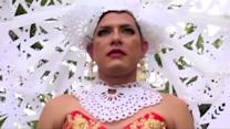 Festival honors transvestites in Mexico