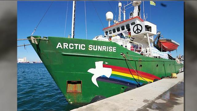 Local Sailors Protest Imprisonment Of Greenpeace Captain