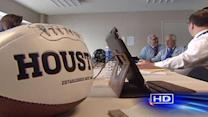 Houston to find out result of Super Bowl bid