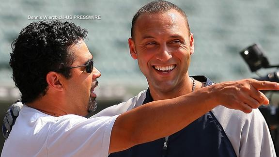 Ozzie Guillen: Players consider Derek Jeter a god