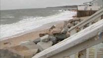Storm brings minor flooding to Long Island