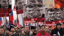 Thousands March for Slain Russian Opposition Leader