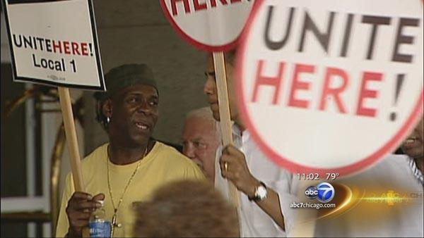 Congress Plaza Hotel workers end 10-year strike