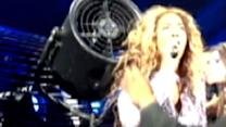 Beyonce Keeps Singing as Hair Caught in Fan