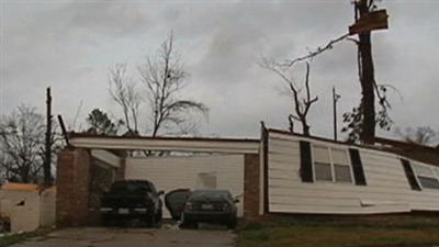 Raw: Homes Wrecked in Mississippi