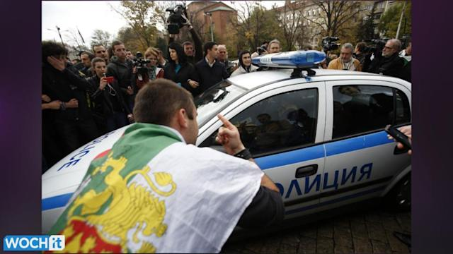 Students Try To Blockade Bulgaria's Parliament, Five Detained
