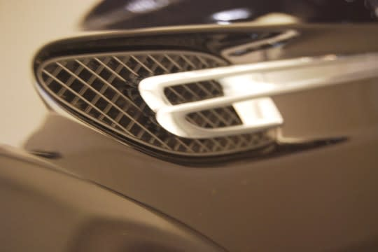 photo 3: 豪華新定義 New Bentley Flying Squr