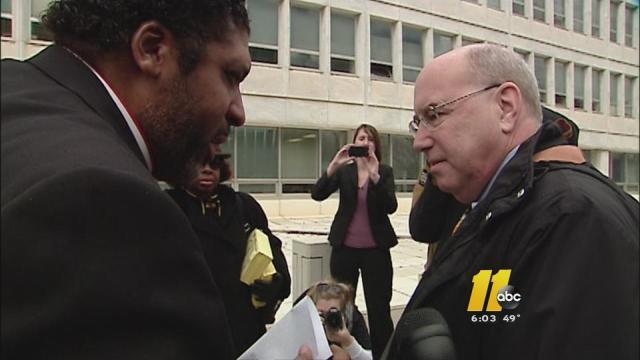 Top GOP figure, NAACP president debate on sidewalk