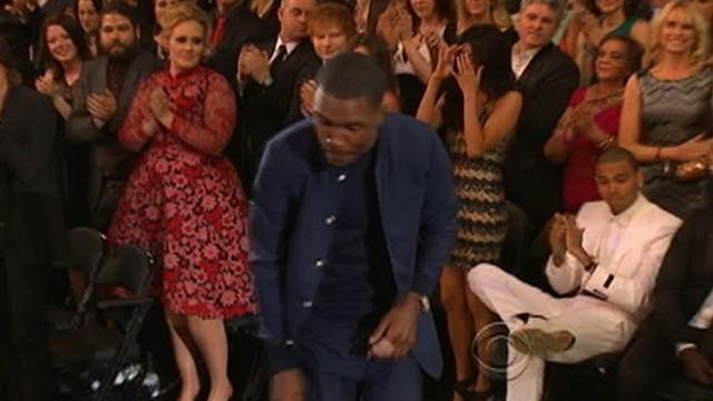 Grammy Awards 2013: Chris Brown Withholds Standing Ovation for Frank Ocean