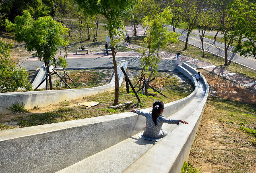 大雅中科公園|復古磨石子滑梯08