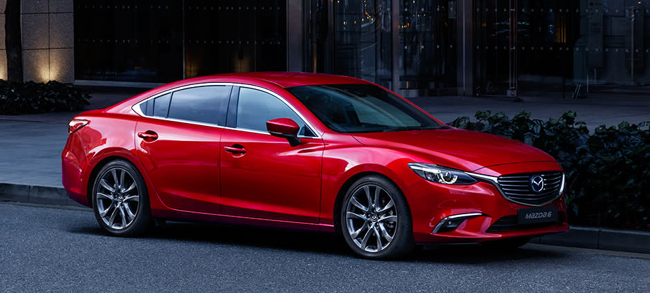剛進榜的Mazda Mazda6以398台衝到第3名,只能說Mazda已在進口轎車排行榜立下了難以跨過的門檻