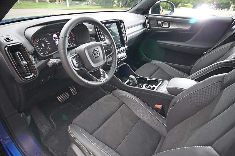 XC40就是將Volvo原有的溫潤感再加添科技化氛圍。
