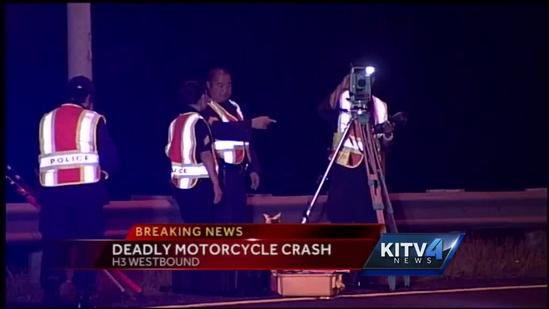 1 dead, 1 injured in 3-motorcycle crash