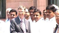 Bill Gates meets Akhilesh Yadav in UP