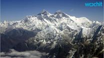 8 Dead in Mount Everest Avalanche After Nepal Quake