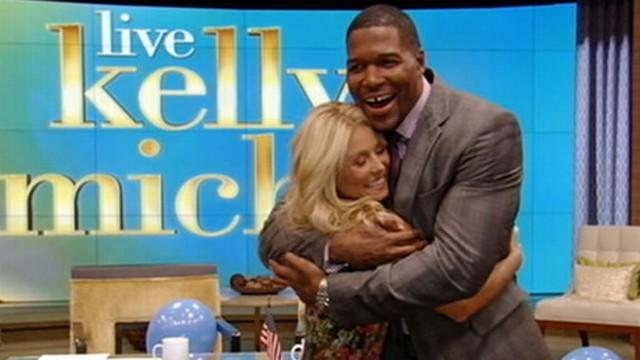 Michael Strahan Is Kelly Ripa's New 'Live!' Co-Host