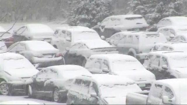 Nor'easter brings snow accumulation to Conn.
