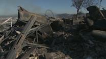 Thousands evacuated in path of California fires