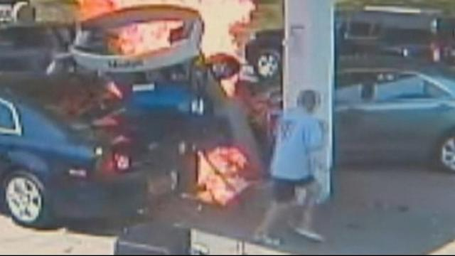 Cop Saves Man From Burning Car