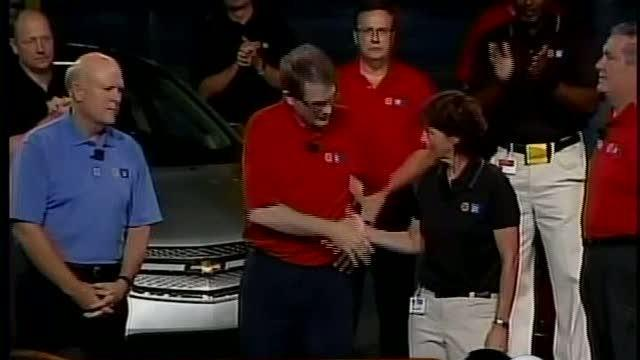 GM and the UAW begin contact negotiations