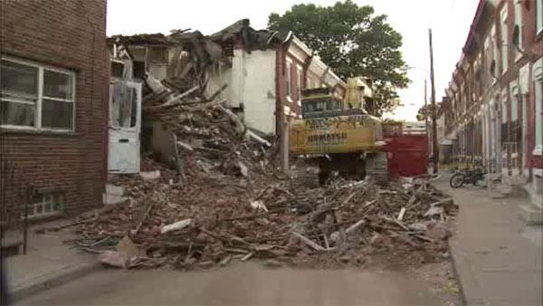 Residents return after South Philadelphia explosion and collapse