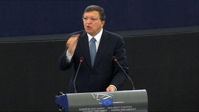 Barroso defends EU crisis response in address