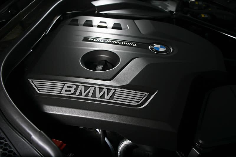 ▲530i的動力系統是大家非常熟悉的2.0升直列四缸渦輪增壓汽油引擎。