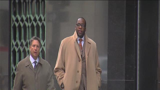 Kwame Kilpatrick appears in court