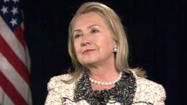 Clinton takes responsibility for security lapses in Libya