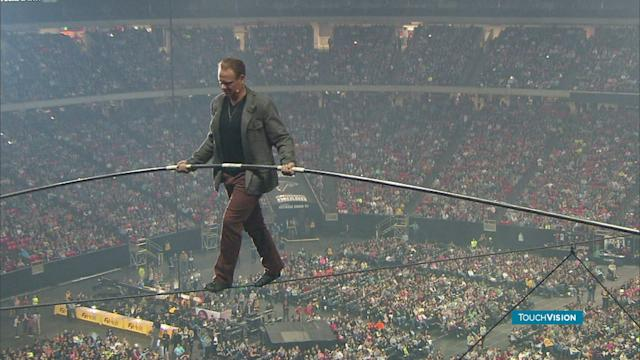 WALLENDA CROSSES GA DOME